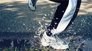 springa i regn